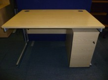 Second-Hand 1200mm Cantilever Leg Desk & Pedestal - Light Oak